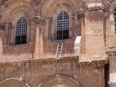 Sepulcher Ladder
