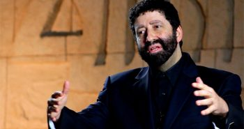 Jonathan Cahn